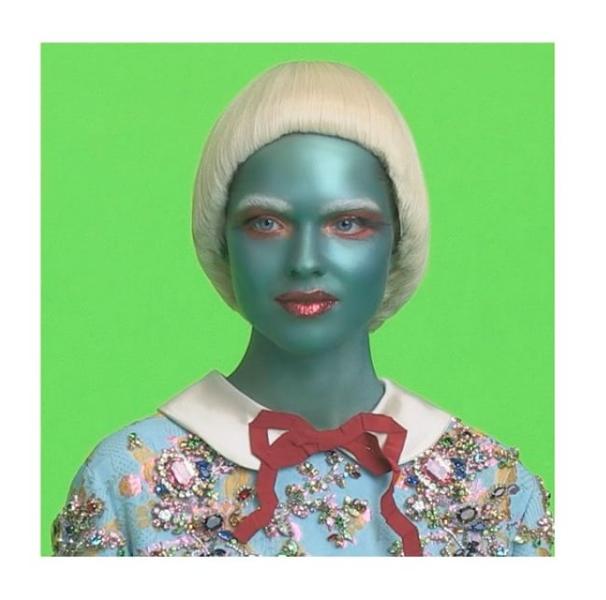 Gucci-alien-ad-campaign-2_theartgorgeous